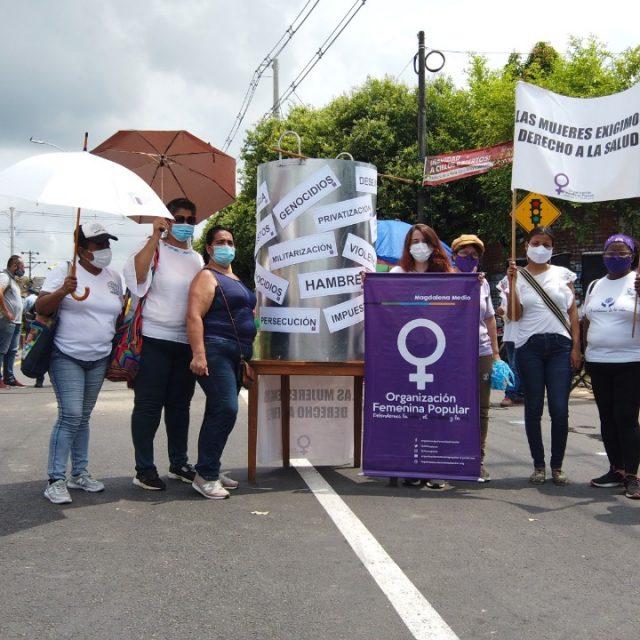 Voces de Mujeres: Voces de Dignidad